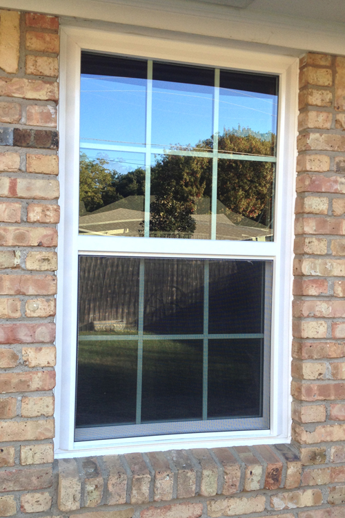 Vinyl window types styles and manufacturers for richardson for Vinyl replacement window manufacturers