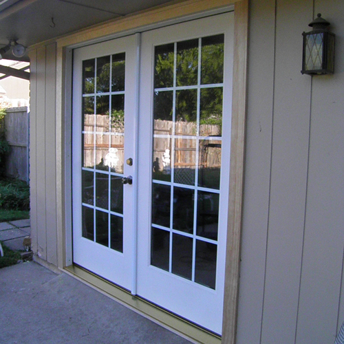 Vinyl Replacement Windows with Simulated Divided Lite Grids