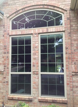 Replacement Windows in Dallas can be wood vinyl or aluminum